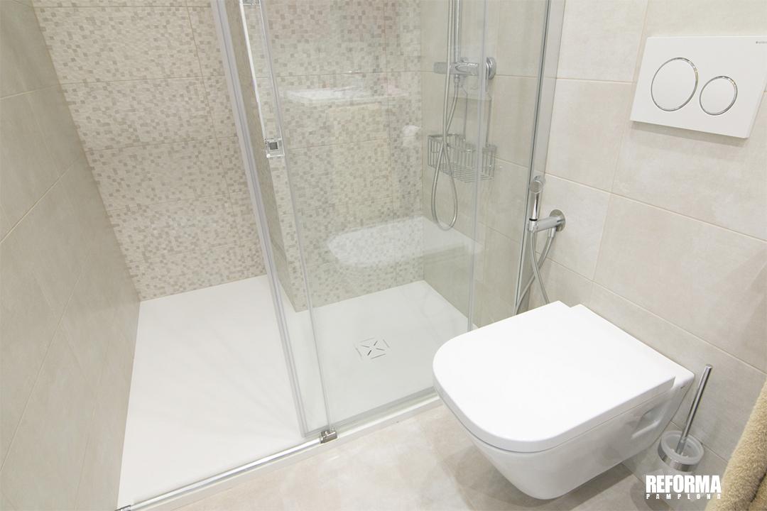 Pamplona cambio de bañera por ducha