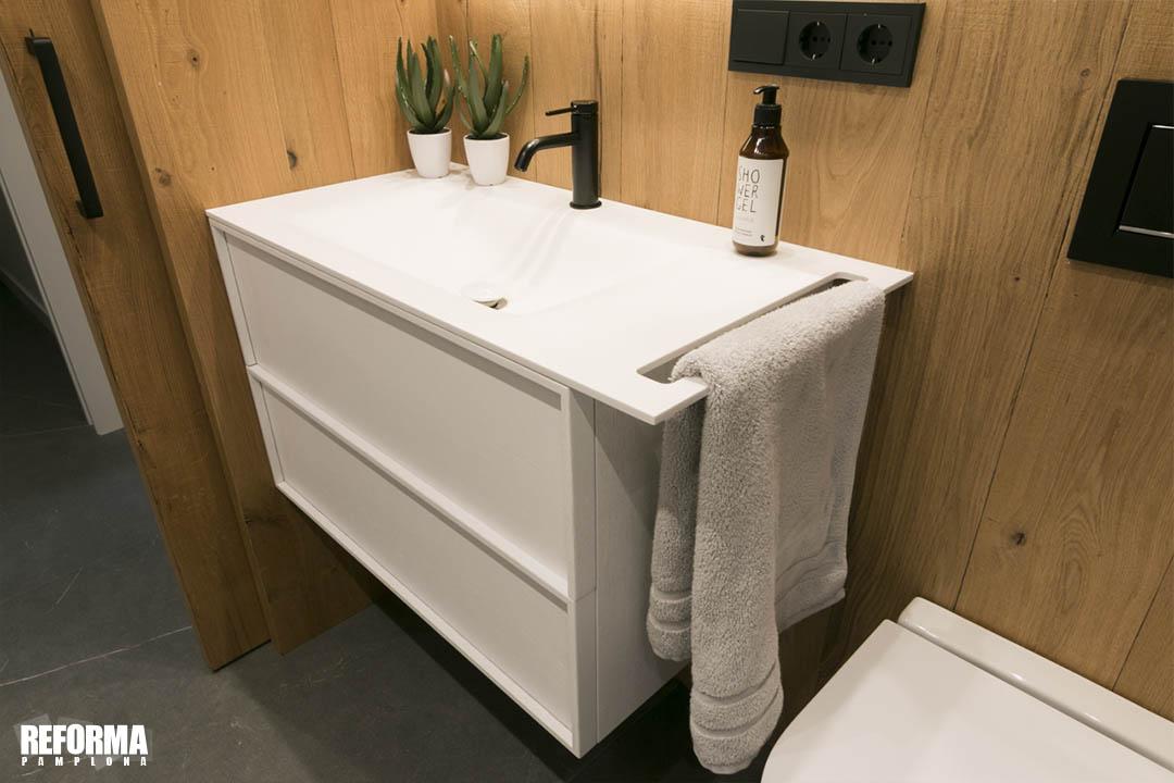 colores madera cuarto de baño 02